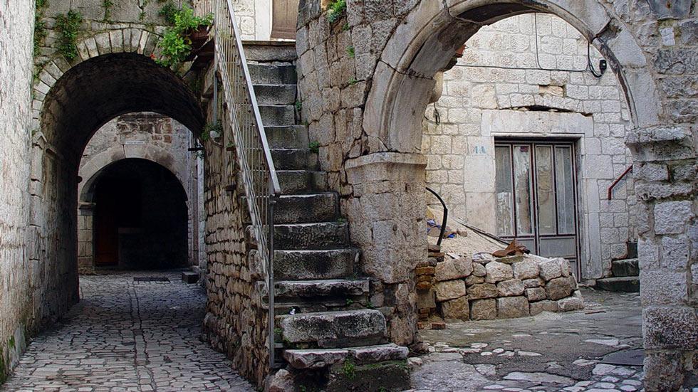 Trogir Altstadt Passage